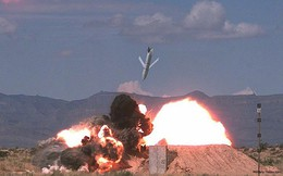 Ảnh: Sức mạnh khủng khiếp của tên lửa hành trình AGM-158 JASSM