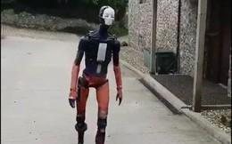 Video 7 triệu views về con robot giống người kinh khủng hóa ra là sản phẩm của engine đồ họa