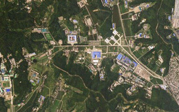 """Triều Tiên dừng tháo dỡ khu thử động cơ tên lửa, Mỹ """"hoang mang"""""""