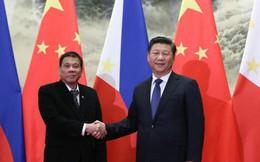 """Tổng thống Philippines cảnh báo """"dao rựa"""" với Trung Quốc"""