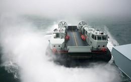"""Vũ khí hàng nhái """"tràn ngập"""" QĐ Trung Quốc: Từ máy bay tới tàu chiến - không thiếu thứ gì!"""