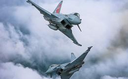 Video: Anh đưa tiêm kích Typhoon chặn máy bay săn ngầm của Nga