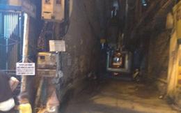 Hà Nội: Phát hiện người đàn ông tử vong trong tư thế treo cổ trên sân thượng