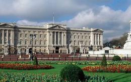 Anh: Một người vô gia cư đột nhập vào cung điện Buckingham rồi lăn ra ngủ không biết trời trăng gì