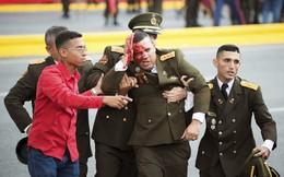 7 ngày qua ảnh: Binh sĩ đổ máu trong vụ ám sát hụt Tổng thống Venezuela