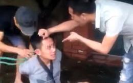 Hai người đàn ông trói tay, hành hung nam thanh niên giữa phố Hà Nội vì nghi trộm xe