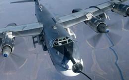 """Máy bay ném bom Tu-95 Nga: """"Cơn ác mộng"""" ám ảnh NATO đến tận năm 2040?"""