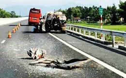 Xe khách chở 50 người tông xe bồn trên đường cao tốc