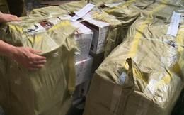 Hà Nội: Mật phục, thu giữ 10.000 gói bánh trung thu siêu rẻ, không rõ nguồn gốc