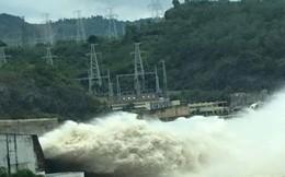 Hồ chứa Hòa Bình có thể phải mở thêm cửa xả đáy, hàng loạt tỉnh đối mặt với lũ lụt hạ du