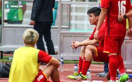 """U23 Việt Nam buồn bã cúi đầu, NHM bật khóc sau loạt """"đấu súng"""""""