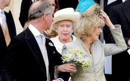 """Vướng tin đồn """"cơm không lành, canh không ngọt"""" với 2 cô con dâu, liệu bà Camilla có chiếm được trái tim của mẹ chồng Nữ hoàng?"""