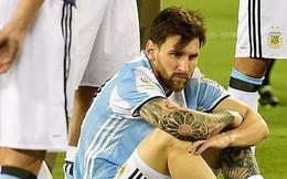 """""""Messi trốn vào một góc, khóc tức tưởi như đứa trẻ vừa mất mẹ"""""""