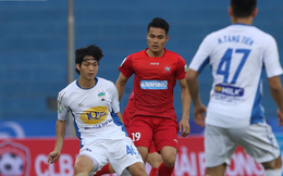 Tuấn Anh bắt đầu tập với bóng, tiết lộ ngày trở về Việt Nam
