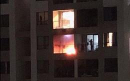 Cháy chung cư ở Sài Gòn, cư dân hoảng loạn sơ tán