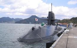 Tàu ngầm Nhật Bản cập cảng Cam Ranh sau cuộc diễn tập đầu tiên trên Biển Đông