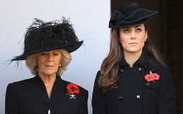 """Hé lộ cuộc """"khẩu chiến"""" nảy lửa giữa Công nương Kate và bà Camilla, khiến nàng dâu hoàng gia nặng lời nguyền rủa mẹ chồng"""