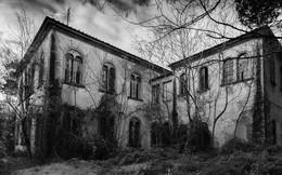 """Bệnh viện tâm thần """"một đi không trở lại"""" ở Ý: Nơi giam giữ 6.000 bệnh nhân, phải đóng cửa vì phương pháp chữa trị vô nhân tính"""