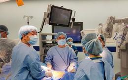 Bác sĩ người Nhật chữa ung thư nhờ phẫu thuật robot tại Việt Nam