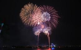 Người Sài Gòn mãn nhãn với màn pháo hoa mừng Quốc khánh
