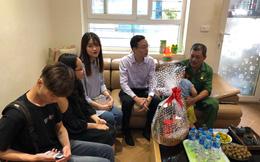 Thầy giáo 8x làm từ thiện và giúp học sinh xin học bổng du học tiền tỷ