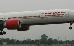 Máy bay gặp sự cố, hết nhiên liệu, phi công hạ cánh bằng tay cứu sống 370 hành khách