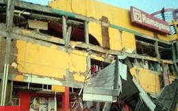 Hiện trường tan hoang sau động đất mạnh kéo theo sóng thần ở Indonesia