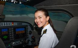 """Diệu Thúy """"Dốc sương mù"""" bỏ showbiz Việt, trở thành nữ phi công"""