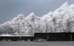 """24h qua ảnh: Sóng biển """"như ngày tận thế"""" ập vào cảng cá Nhật Bản"""