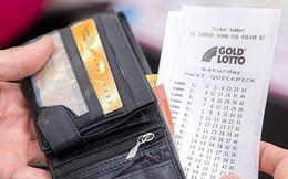 Sai một ly, đi cả tỷ: Lấy tiền chơi xổ số đi mua đồ ăn, 2 thanh niên mất luôn cơ hội trúng độc đắc 2,2 triệu đô