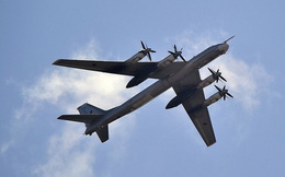 """Mỹ điều máy bay chiến đấu đánh chặn """"Gấu Nga"""" Tu-95 gần Alaska"""