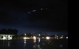 Vật thể nghi đĩa bay của người ngoài hành tinh phát sáng trên bầu trời Mỹ