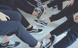 Lại thêm 1 lớp học khoe toàn giày hiệu siêu chất khiến dân mạng trầm trồ ghen tỵ
