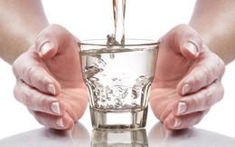 Uống nước sôi để nguội, đun đi đun lại gây ung thư? Đây là câu trả lời bạn cần biết sớm