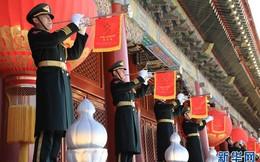"""Trung Quốc cựa mình bước sang """"thời đại mới"""" sau lễ thượng cờ 36 năm tuổi tại Thiên An Môn"""