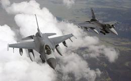 Chiến đấu cơ F-16 chặn máy bay lạ xâm nhập không phận Tổng thống Donald Trump