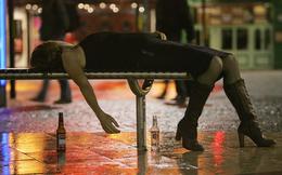 """Người có thể """"biến đổi gen"""" vì uống rượu"""