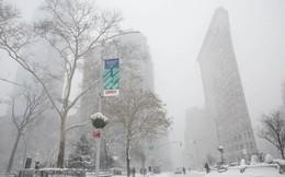 """New York như """"hành tinh khác"""" trong trận bão tuyết khiến nước Mỹ lạnh hơn sao Hỏa"""