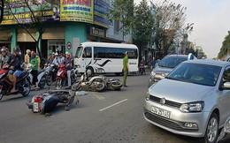 Xe lexus tông ô tô gây tai nạn liên hoàn ở Đà Nẵng