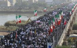 Hàng nghìn người Iran ra đường ủng hộ chính phủ, lên án Mỹ
