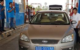 Nóng tại BOT Sóc Trăng: Tài xế xe biển xanh không mua vé khi đi công tác về