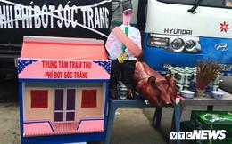 Tài xế mang nhà mã, heo quay, gà vịt đến cúng trạm BOT Sóc Trăng