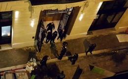 Băng cướp vung búa dao để cướp kim hoàn ở Paris