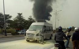 Ô tô tông chết người rồi bốc cháy ngùn ngụt ở Quảng Ninh