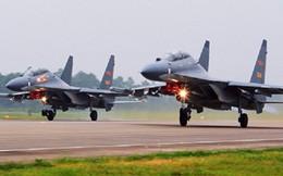 """Trung Quốc biên chế hàng loạt """"hàng nhái"""" Su-30 của Nga"""