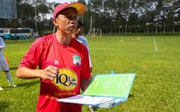 HLV HAGL mừng khi học trò tại U23 Việt Nam phải tập trung đá phòng ngự