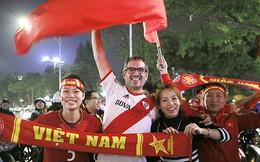 U23 Việt Nam vào tứ kết: Cứ vui đi...