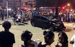 Ô tô lao vào đám đông ở bãi biển, bé 8 tháng tuổi tử vong
