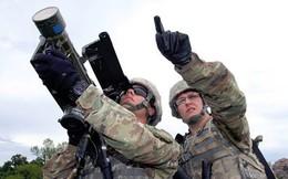 """Tập kích """"bầy đàn"""" UAV: Chưa có cách đối phó, Mỹ quay sang… dùng tạm tên lửa Stinger!"""