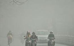 Hà Nội chìm trong sương mù dày đặc